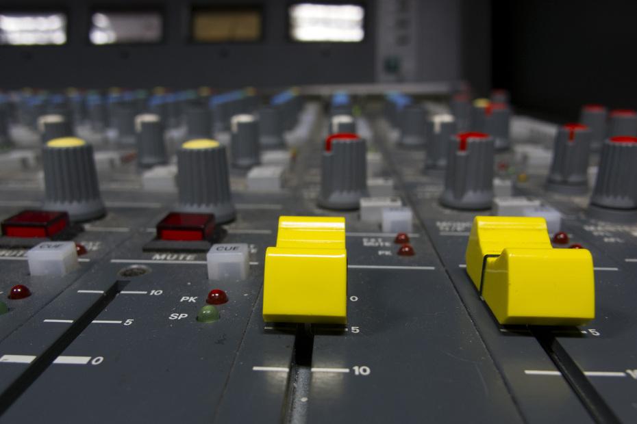 audio22-930x620
